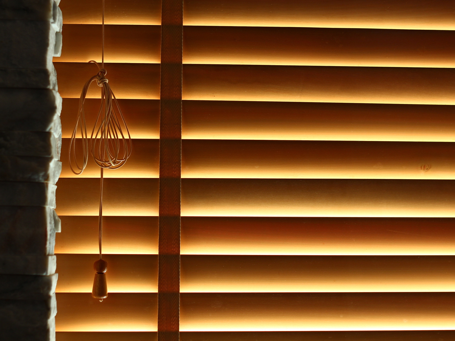 Close Window Blinds or Drapes